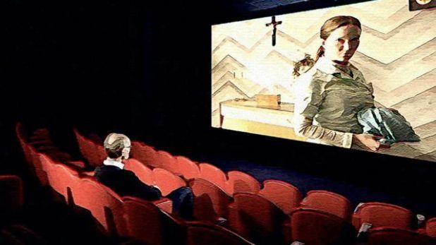 """رسم توضيحي يظهر ويل غومبيرتز وهو يشاهد فيلم """"القديسة مود"""""""