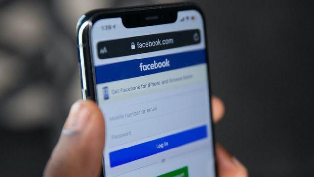 Facebook заборонив австралійцям ділитися новинами. Що сталося