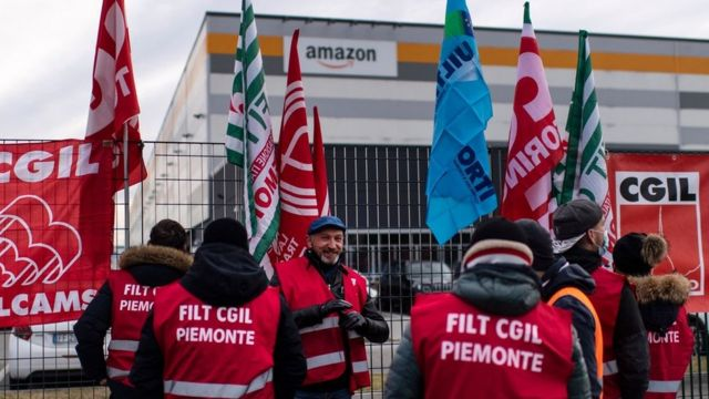 عمال أمازون في إيطاليا