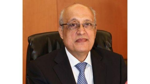 شرف أبو شرف، نقيب الأطباء في لبنان