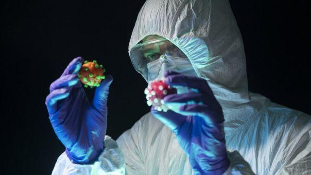 تمثل التحورات في فيروس كورونا تحديا لجهود احتواء المرض