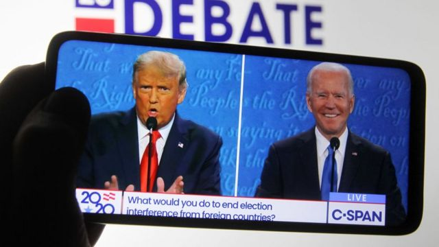 Donald Trump and Joe Biden during the last presidential debate before the election