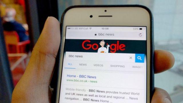 https://i2.wp.com/ichef.bbci.co.uk/news/660/cpsprodpb/11B10/production/_87846427_googleapple.jpg?w=640