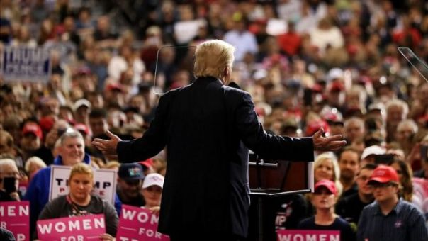 Donald Trump en un mítin.