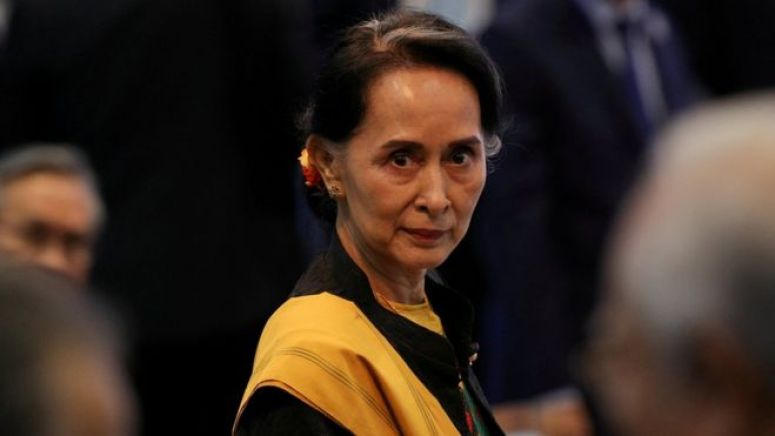 Myanmar State Counsellor Aung San Suu Kyi attends the opening session of the 31st ASEAN Summit in Manila, Philippines, November 13, 2017