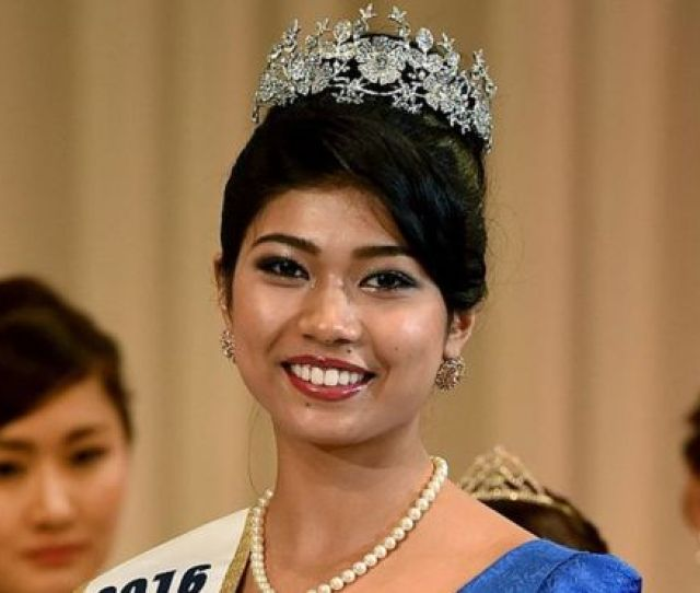 Priyanka Yoshikawa Smiles As She Holds The Trophy After Winning The Miss Japan Title During The