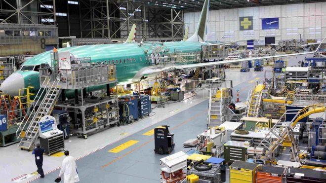 Un avión Boeing 737 MAX se ve durante una gira de medios de la planta de Boeing en Renton, Washington, EEUU 7 de diciembre de el año 2015