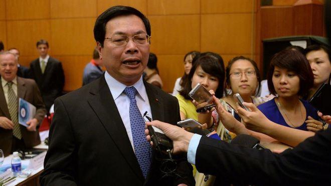 Ông Vũ Huy Hoàng trong một dịp trả lời báo chí năm 2015
