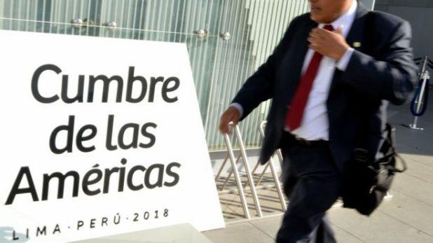 Cartel de la Cumbre de las Americas en Lima, Peru.