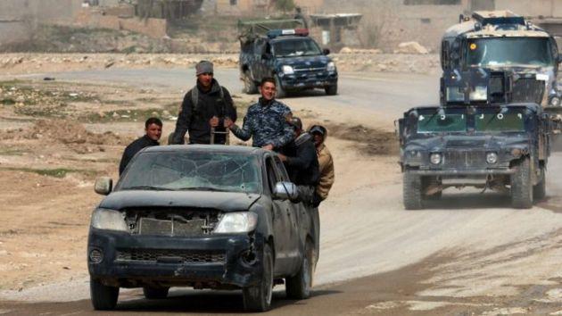 Ciidamada Ciraaq ayaa ku sii siqaya Galbeedka Mosul, waxayna la kulmayaan iska caabin aad u xoog badan
