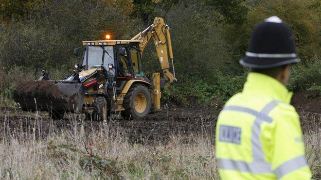 Excavaciones en Old Damson Lane, Solihull.