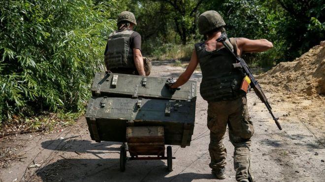 Ukrainian soldiers in Avdiyivka, eastern Ukraine, 10 August