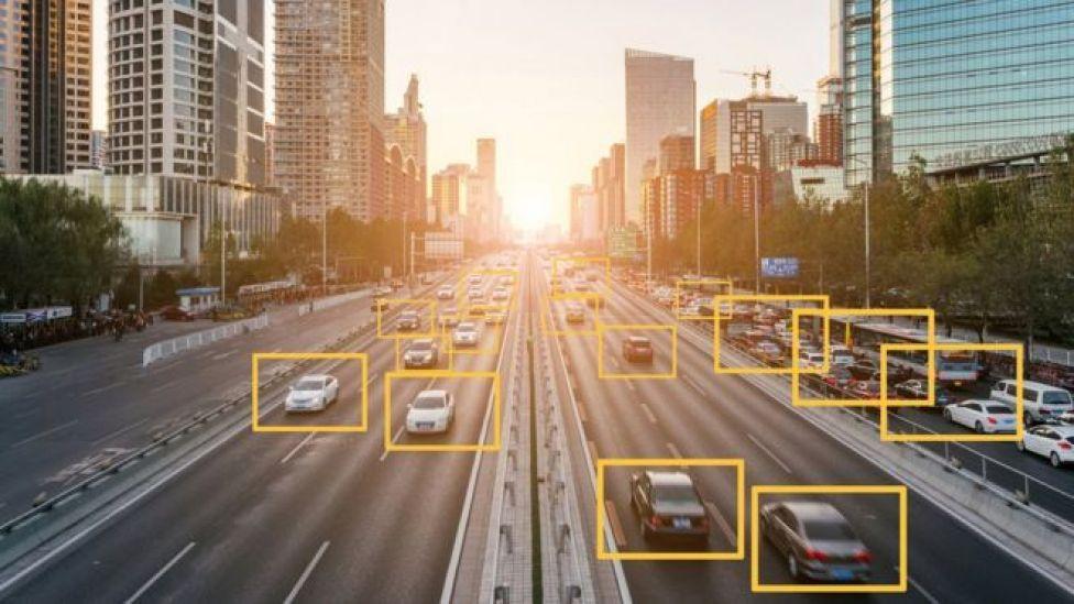 Algoritmalar ve yapay zeka, araba sigortası maliyetini hesaplamak için kullanılabilir