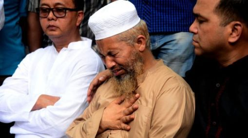 Relatives of Nusrat Jahan Rafi are crying during the authorities of Dhaka Medical College and Hospital, or DMCH, have handed over the body of Nusrat Jahan Rafi in Dhaka, Bangladesh, on April 11, 2019