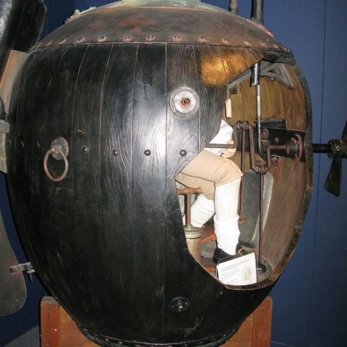 Un modelo del submarino Turtle en el Museo de la Real Marina Británica.