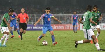 ফুটবল: বাংলাদেশ ভারতের তুলনায় যে পাঁচটি ক্ষেত্রে পিছিয়ে