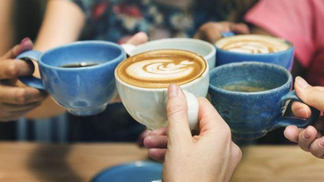 Le café est disponible en plusieurs mélanges, mais la boisson dépend de deux espèces.