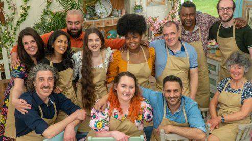 Great British Bake Off 2021 contestants revealed - BBC News
