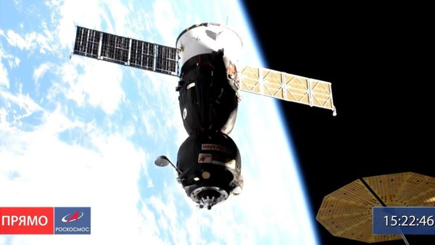Automatic docking of the Soyuz was unsuccessful