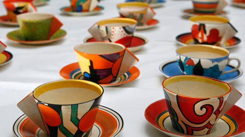 A collection of one hundred teacups by Clarice Cliff went on display at Bonhams in London in 2008
