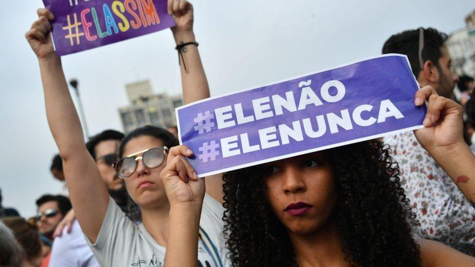 Mulheres em ato contra Bolsonaro