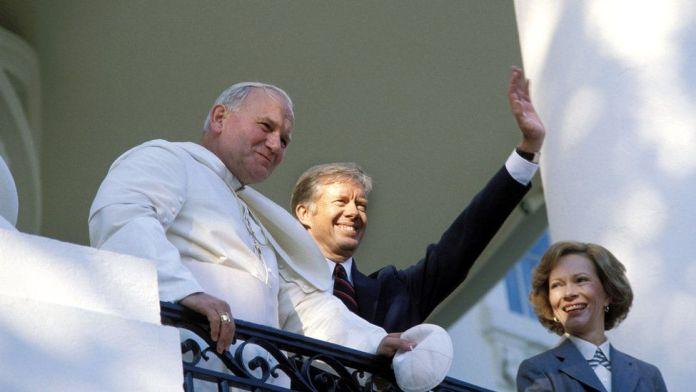 Welcoming Pope John Paul II