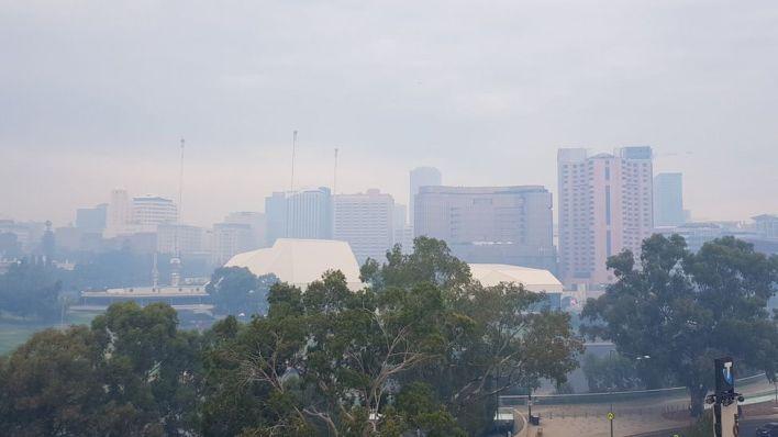 Bushfire smoke covers the Adelaide city skyline