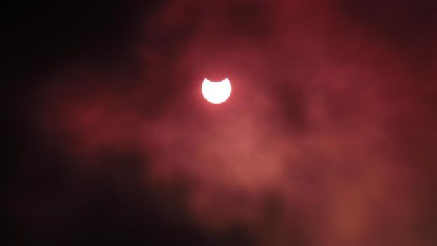 Eclipse from Ibstone, High Wycombe