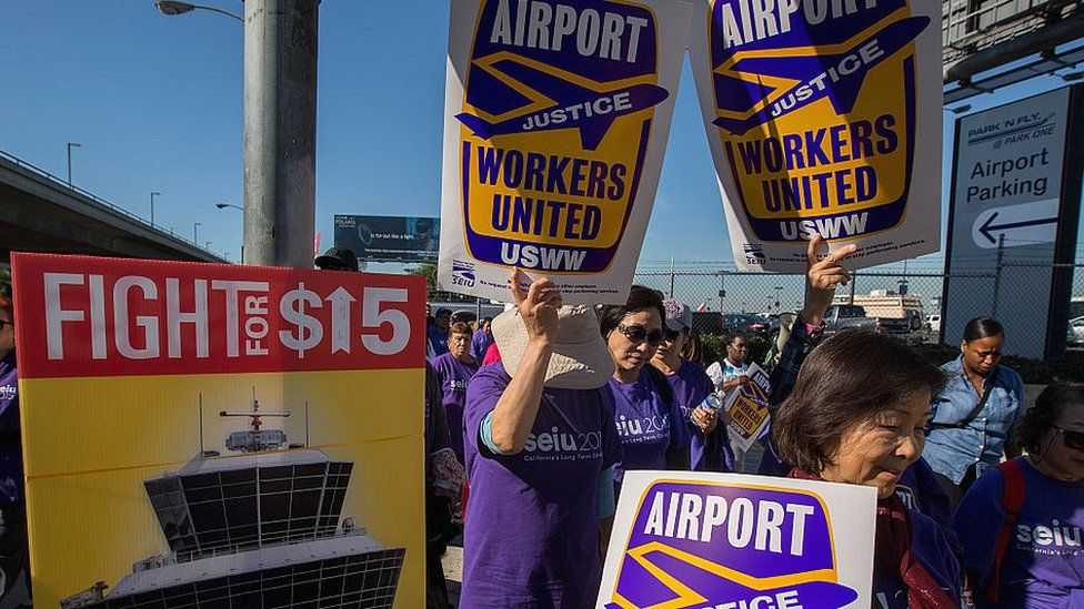 A 2016 protests by workers in Los Angeles for a minimum wage
