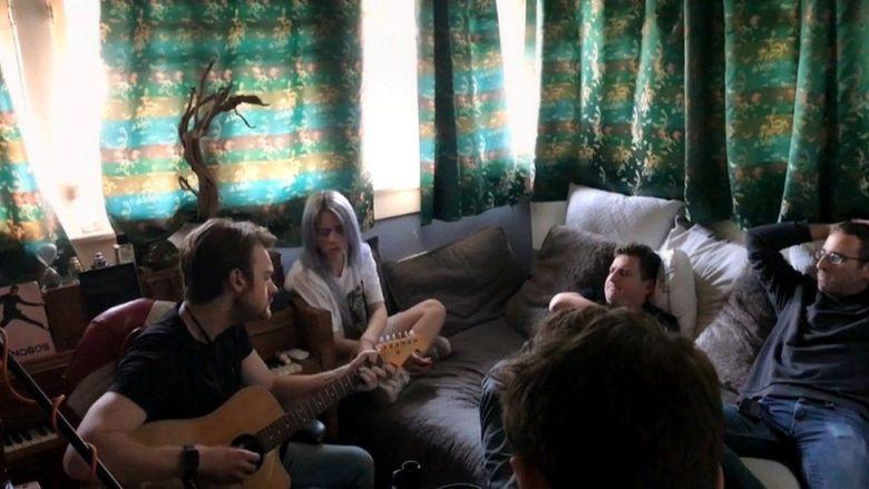 Billie Eilish: Will Gompertz reviews new film The World's A Little Blurry -  BBC News