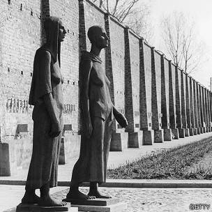 Estatuas en Ravensbrück