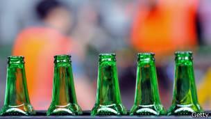Botellas color verde