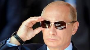 El gobierno del presidente de Rusia, Vladimir Putin, habla de una conspiraciòn en su contra.
