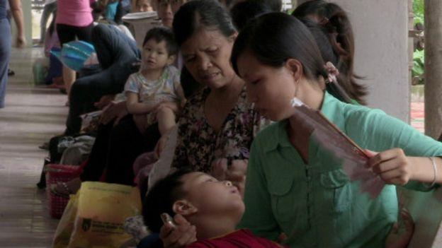 Bệnh nhân tại bệnh viện Nhi, Hà Nội. (Ảnh minh họa)