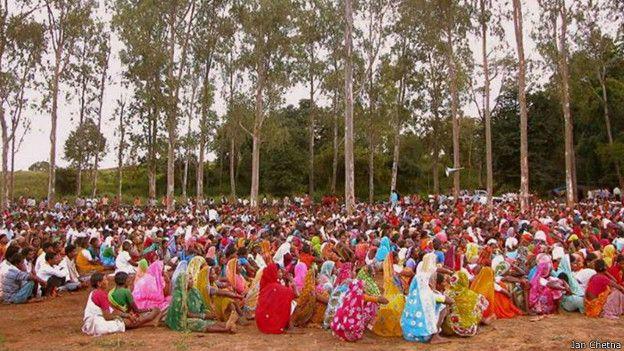 छत्तीसगढ़, भूमि अधिग्रहण का विरोध करते लोग, महिलाएँ