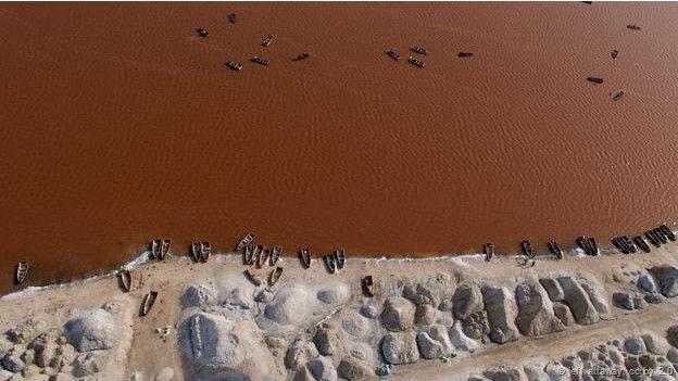 Dünyada görmeniz gereken ilginç göller 3