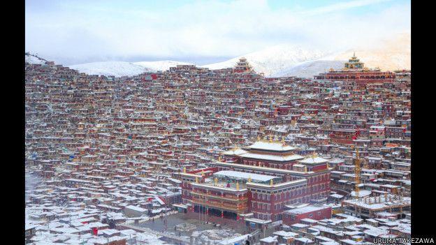 Templos de Lalung Gal Gompa, en el Tibet oriental.