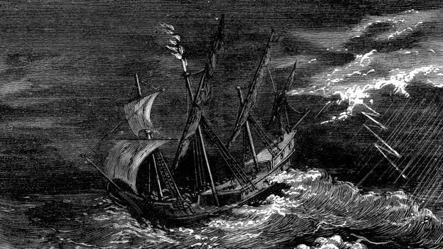 Un barco de Colón frente a un fuego de San Telmo