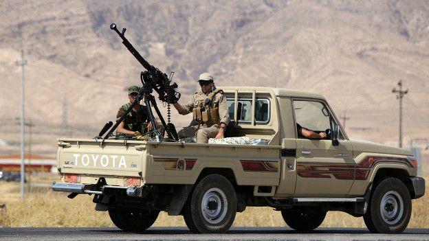 Combatientes kurdos peshmerga