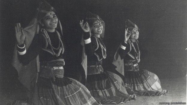 इप्टा में महिलाएं