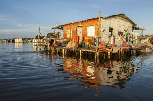 Así se ven los palafitos sobre Congo Mirador, otra población al Sur del Lago, muy cerca del Río Catatumbo.