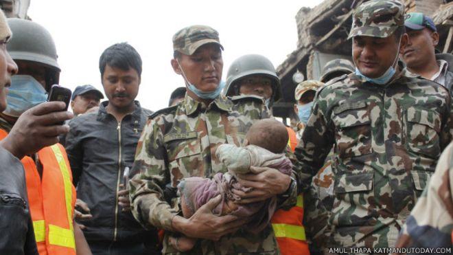 спасенный младенец