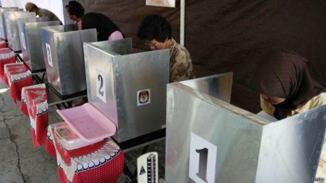 Politik non-representasi juga berlaku di komunitas keturunan Arab di Indonesia. Suara mereka selalu terpecah dalam setiap pemilu.
