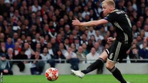 Donny van de Beek scores Ajax's winner