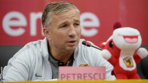 Cluj coach Dan Petrescu