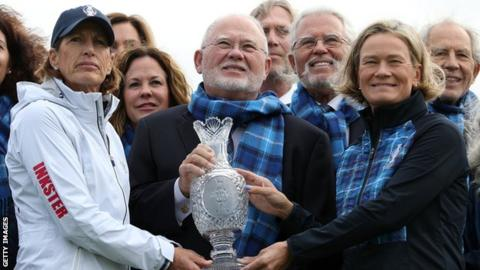 Juli Inkster and Catriona Matthew either side of John Solheim, son of the cup's creator Karsten Solheim