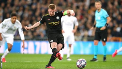 sport Kevin de Bruyne scored a penalty in Manchester City's 2-1 away win over Real Madrid in the first leg of their last-16 Champions League tie in February