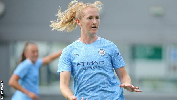 Manchester City midfielder Sam Mewis