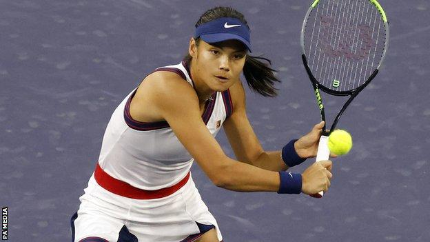 Emma Raducanu on court at Indian Wells