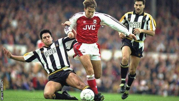 Paul Merson playing for Arsenal